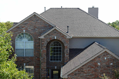A Pabco Skinner dark roof